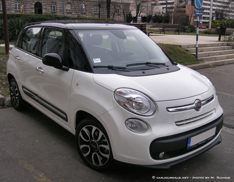 Fiat 500 L - © carjournals.net