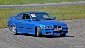HD Car Wallpaper - BMW E36 4.4 V8 - Car Journals