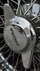 Jaguar Wheel iPhone Wallpaper - Car Journals