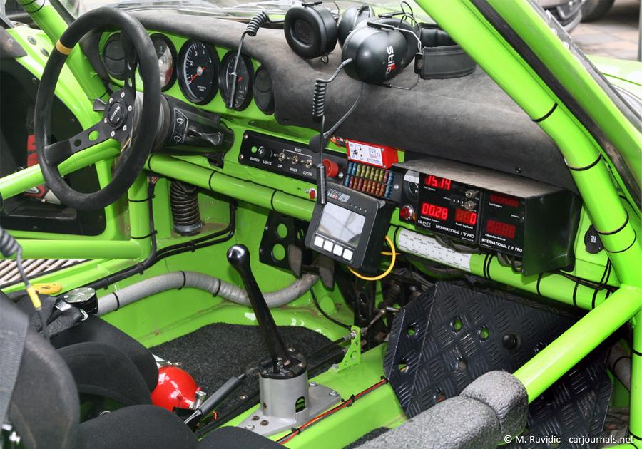Tuthill Porsche 911 3.0L - Car journals