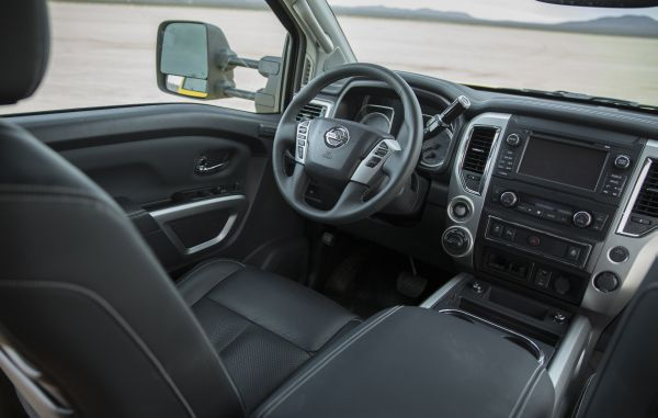 2016 Nissan Titan Pro 4X Interior