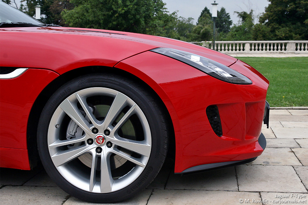 Jaguar F-Type front wheel detail - Car Journals