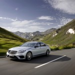 Mercedes-Benz starts fourth quarter with double-digit growth